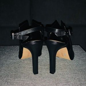 Vince Camuto Shoes - Sexy Black Vince Camuto Heel